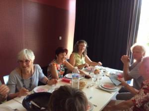 Marie- Paule pendant le repas
